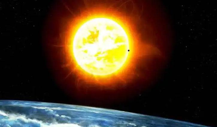 भारतीय वैज्ञानिकों बिभूति कुमार झा और अर्नब राय चौधरी ने सूर्य के आंतरिक रोटेशन प्रोफाइल की सैद्धांतिक व्याख्या की